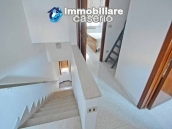 Habitable town house close to the sea and with terrace for sale in Abruzzo 11