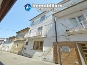 Habitable town house close to the sea and with terrace for sale in Abruzzo 20