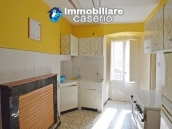 Special town house, habitable and with sea view for sale in Molise 4