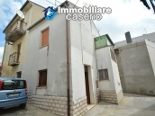 Habitable town house for sale not far from the sea, Molise 16