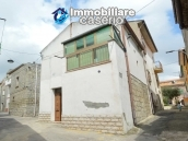 Habitable town house for sale not far from the sea, Molise 17