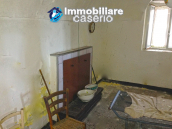 Ancient stone town house with sea view for sale in Furci, Abruzzo 6