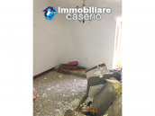 Ancient stone town house with sea view for sale in Furci, Abruzzo 9