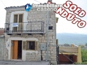 Spacious town house with garden, terrace and veranda for sale in Fraine, Abruzzo 1