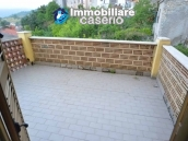 Spacious town house with garden, terrace and veranda for sale in Fraine, Abruzzo 2