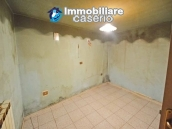 Spacious town house with garden, terrace and veranda for sale in Fraine, Abruzzo 8