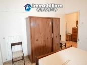 Detached property in the center of Carunchio 36 km away from sea 17