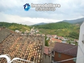Detached property in the center of Carunchio 36 km away from sea 18