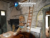 Detached property in the center of Carunchio 36 km away from sea 26