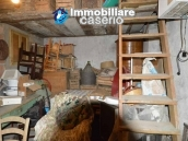 Detached property in the center of Carunchio 36 km away from sea 28