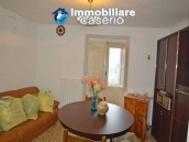 Detached property in the center of Carunchio 36 km away from sea 4