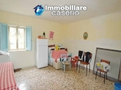 Habitable detatched country house for sale with land in Abruzzo 11