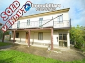 Big property with terrance, land and outbuilding for sale in Abruzzo 1