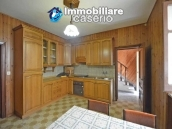 Big property with terrance, land and outbuilding for sale in Abruzzo 2