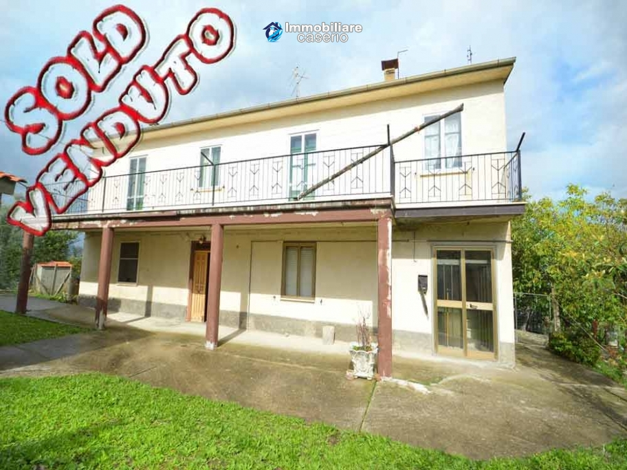 Big property with terrance, land and outbuilding for sale in Abruzzo