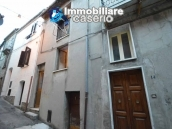 Property in the village of Abruzzo for sale in Fraine, Italy 1