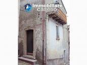 Cheap town house for sale in Castelbottaccio, Molise - Property in Italy 1