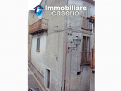 Cheap town house for sale in Castelbottaccio, Molise - Property in Italy 2