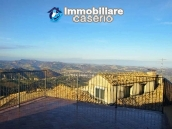 Habitable house with terrace and sea view for sale in Teramo province 1