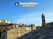 Habitable house with terrace and sea view for sale in Teramo province 10