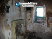 Stonehouse in need of restoration works in Dogliola, Chieti 12
