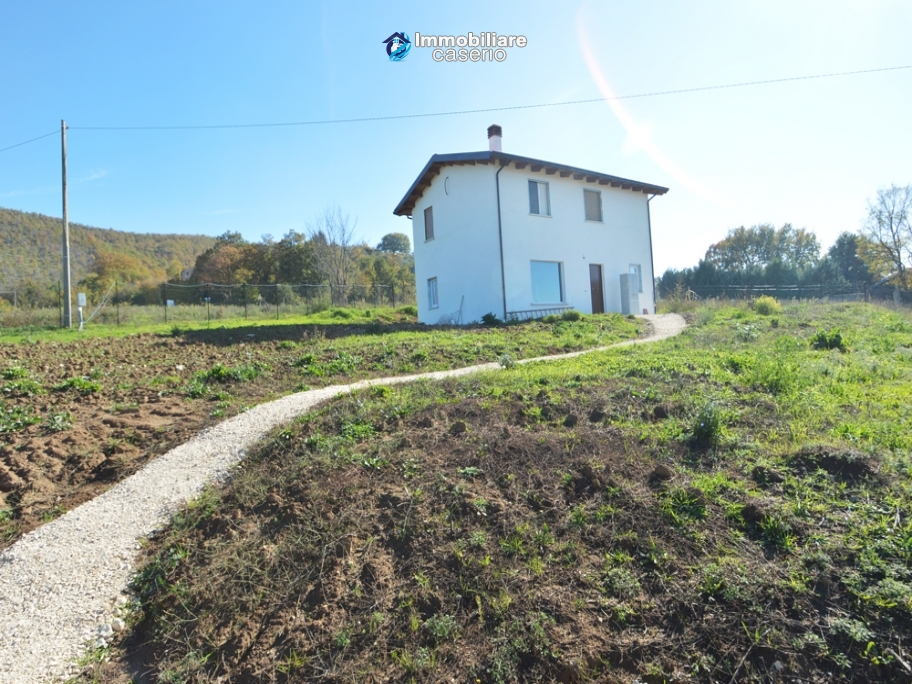Property for sale in Molise - House in Busso surrounded by woods, white truffle