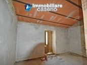 Ancient house in stone in the center of San Buono, Abruzzo - Property Italy 6