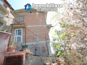 Renovated house with garden and garage for sale in Abruzzo, Fresagrandinaria 19