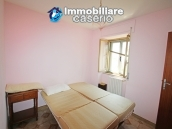 Renovated house with garden and garage for sale in Abruzzo, Fresagrandinaria 6