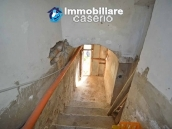 Buy a house near the coast with livable outdoor space in Abruzzo, Pollutri 24