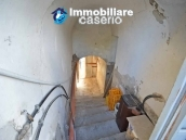 Buy a house near the coast with livable outdoor space in Abruzzo, Pollutri 25