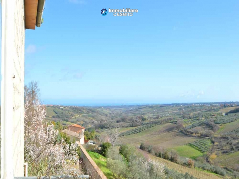Buy a house near the coast with livable outdoor space in Abruzzo, Pollutri