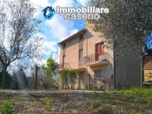 Buy houses with land with visual mountains in Abruzzo, Lanciano 4