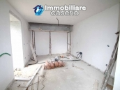 Properties with land with new roof for sale in Abruzzo, Furci 13