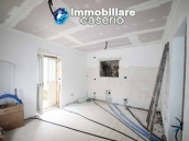 Properties with land with new roof for sale in Abruzzo, Furci 9