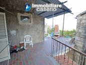 House with terrace and garden for sale in Central Italy, Abruzzo, Roccaspinalveti 4