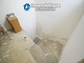 House with ancient stone floors for sale in Abruzzo, village Furci - near the marina 11