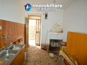 House with ancient stone floors for sale in Abruzzo, village Furci - near the marina 3