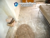 House with ancient stone floors for sale in Abruzzo, village Furci - near the marina 9