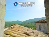 Ancient house of stone and bricks for sale in the heart of San Buono, Abruzzo 10