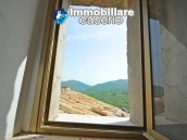Ancient house of stone and bricks for sale in the heart of San Buono, Abruzzo 9