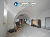 Large old brick farmhouse with land for sale in Vasto, Trabocchi Coast, Abruzzo 5