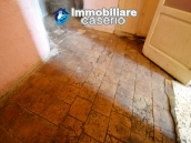 Old house in the ancient village for sale in Italy, ABruzzo, village San Buono 6