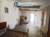 Old house in the ancient village for sale in Italy, ABruzzo, village San Buono 8