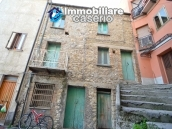House in stone and bricks with cellar for sale in Italy - buy a house in Abruzzo 1