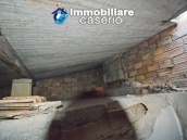 House in stone and bricks with cellar for sale in Italy - buy a house in Abruzzo 14