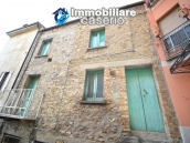 House in stone and bricks with cellar for sale in Italy - buy a house in Abruzzo 2