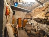 House in stone and bricks with cellar for sale in Italy - buy a house in Abruzzo 6