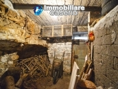 House in stone and bricks with cellar for sale in Italy - buy a house in Abruzzo 7