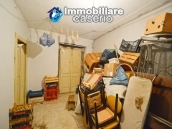 House in stone and bricks with cellar for sale in Italy - buy a house in Abruzzo 9
